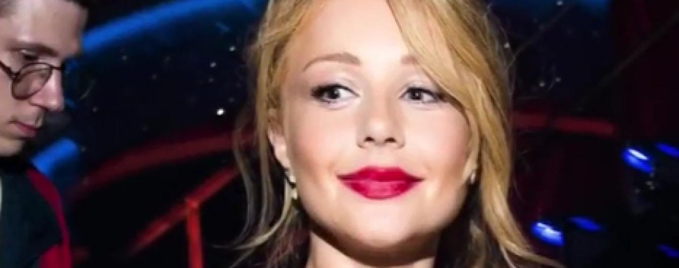 Тіна Кароль у домашніх капцях заінтригувала прихильників уривком нової пісні