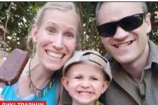 В Южной Африке жираф до полусмерти затоптал женщину и ее 3-летнего сына