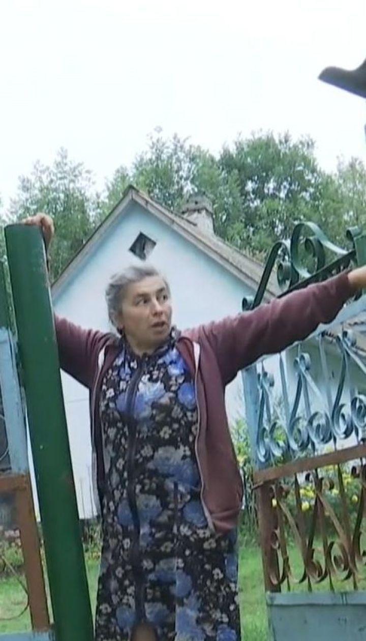 На Тернопольщине селяне жалуются на плохое самочувствие после обработки полей химикатами