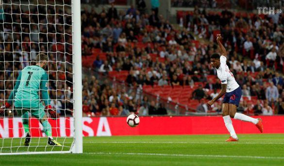 Маркус Рашфорд забива гол, Англія-Іспанія