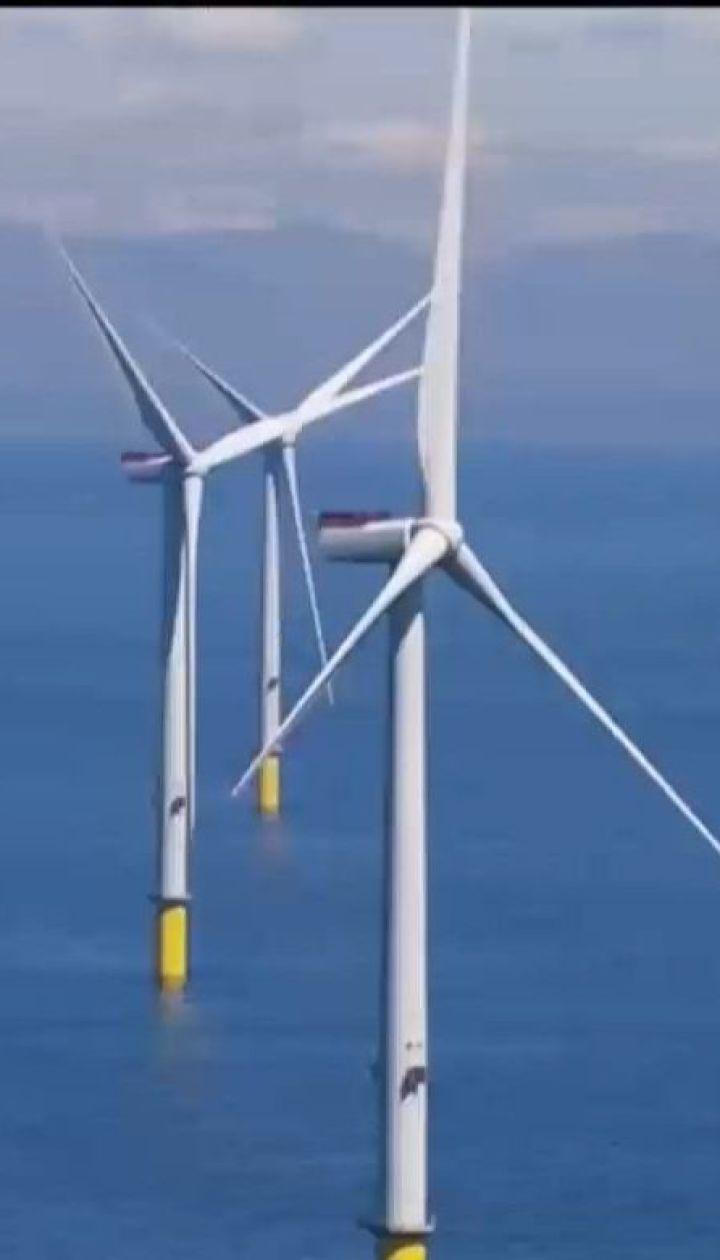 У побережья Британии запустили крупнейшую в мире ветроэлектростанцию