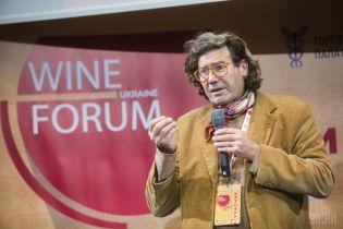 Вино с привкусом пепла: на Одесщине французу-виноделу 16 лет намеренно поджигают виноградники