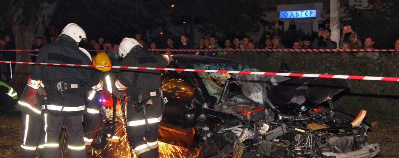Пострадавший в кровавой ДТП в Одессе, которому частично ампутировали предплечье, находится на грани жизни и смерти