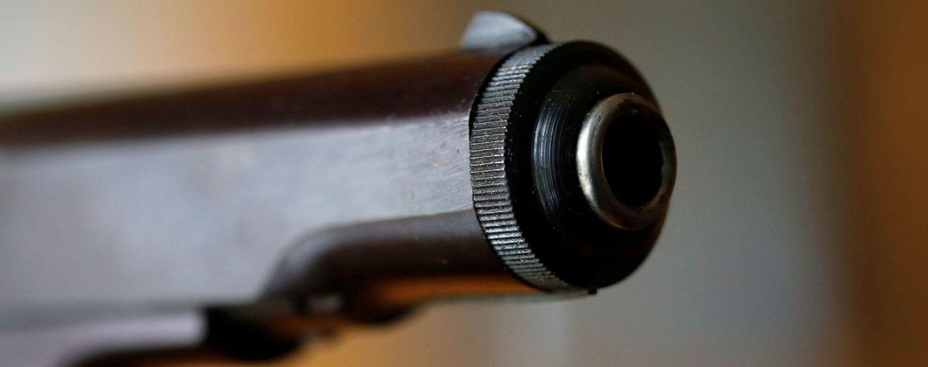 У США 13-річну дівчинку застрелив її 9-річний брат
