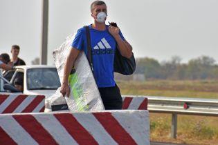 """Колишні працівники кримського """"Титану"""" розповіли про грубі порушення технологічного процесу"""