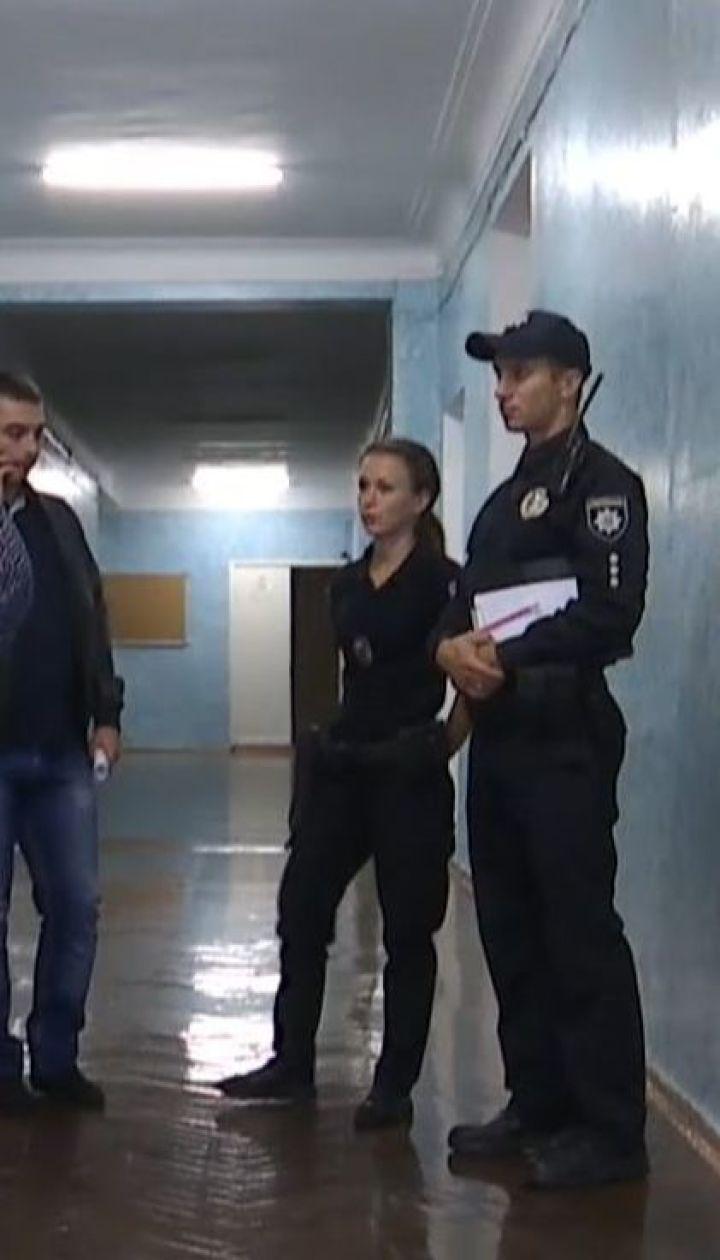 В Киеве школьник на уроке проломил учительнице голову и проколол легкие