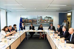 США і Євросоюз відновили активні торгові переговори