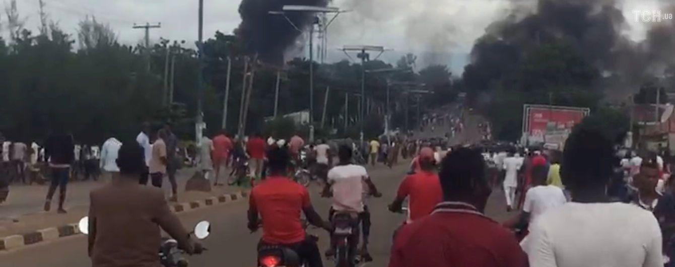 В Нигерии взорвалась цистерна с газом: 35 человек погибли
