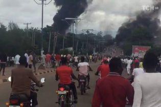 У Нігерії вибухнула цистерна із газом: 35 осіб загинуло