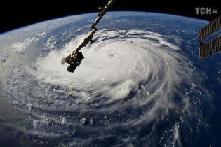 NASA показало, как мощный шторм приближается к побережью США