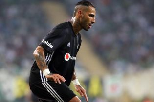Португальский футболист забил фантастический гол вратарю, который налажал в финале Лиги чемпионов