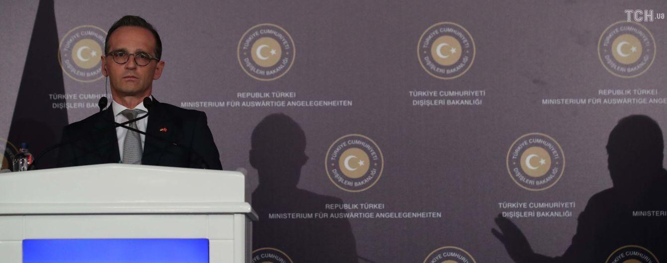 """""""Фатальное нарушение права"""". В Германии раскритиковали аннексию Россией Крыма"""