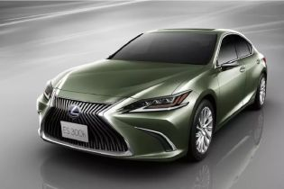 Lexus подключит систему виртуальной реальности в зеркалах заднего вида