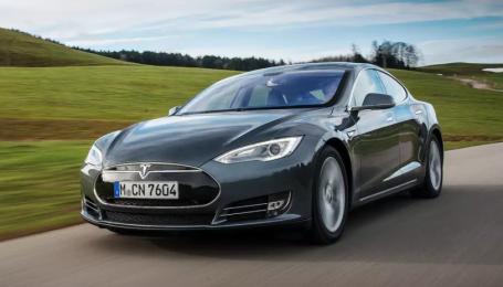 В США придумали креативный метод зарядки Tesla