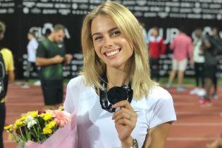 Стрибунка-красуня Левченко порадувала своїх підписників у Instagram запальним танцем