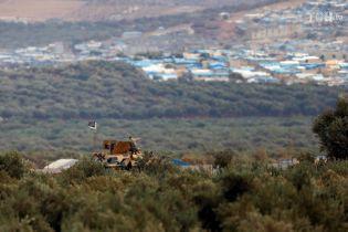 Туреччина активізувала постачання озброєння сирійським антиурядовим силам в Ідлібі – Reuters