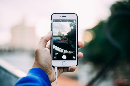 Еволюція слоганів Apple: як компанія щороку презентує нові iPhone