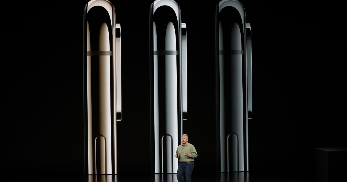 Бюджетний iPhone Xr та новий Apple Watch. Які гаджети презентувала Apple