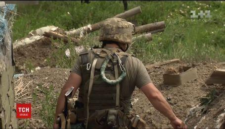 Фронтові зведення: двоє українських військових дістали поранення за минулу добу