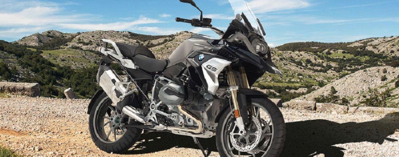 BMW пропонує позбавити людину можливості керувати мотоциклом