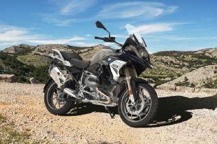 BMW предлагает лишить возможности человека управлять мотоциклом