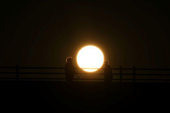 Зимове сонцестояння: сьогодні найкоротший день і найдовша ніч у році