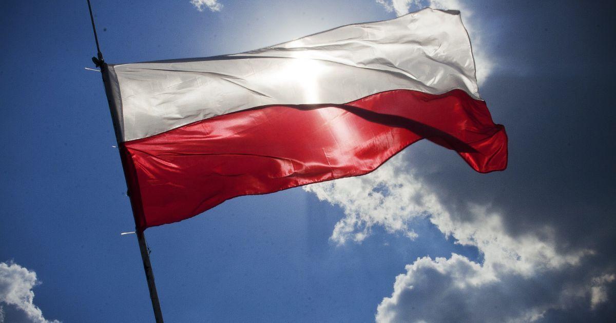 Россия выслала пятерых польских дипломатов после выдворения из Варшавы своих трех