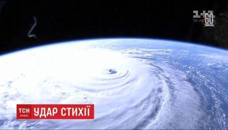 """Мощный ураган """"Флоренс"""" приближается к юго-восточному побережья США"""