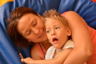 Діма перший рік боровся за життя, а тепер потребує тривалої реабілітації