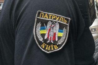 Киевские полицейские устроили кортежное сопровождение для машины с роженицей в час пик