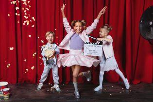 Юбки и платья с вышивкой: Андре Тан представил первую детскую коллекцию