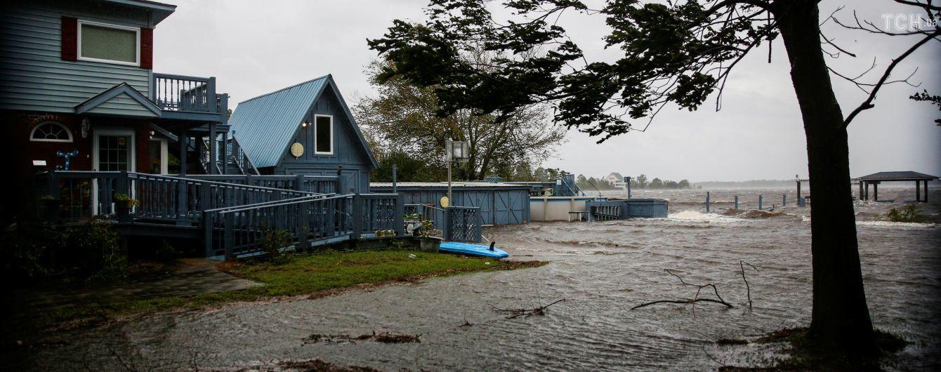 Потужний шторм почав затоплювати США, скасували понад 1300 рейсів