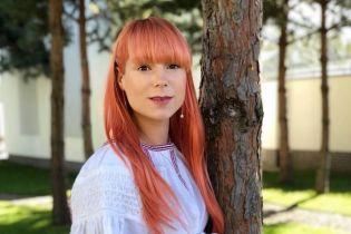 З Вітвіцькою та зі сльозами на очах: Тарабарова виписалася з пологового та розсекретила ім'я сина