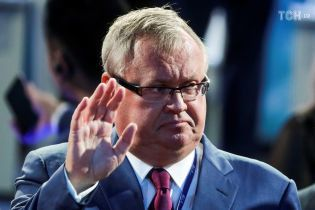 """""""Уйти от доллара невозможно"""", – глава ВТБ о возможном отказе России от американской валюты"""
