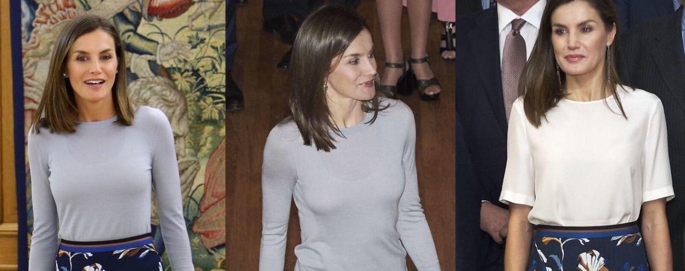 В любимой юбке от Hugo Boss: королева Летиция на аудиенции во дворце