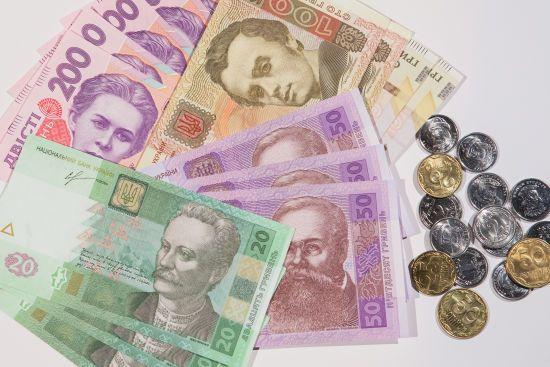 В Україні кожна третя родина отримує субсидії та пільги на комуналку