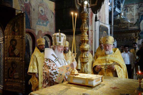 Синод РПЦ розірвав стосунки з Вселенським патріархатом через Україну