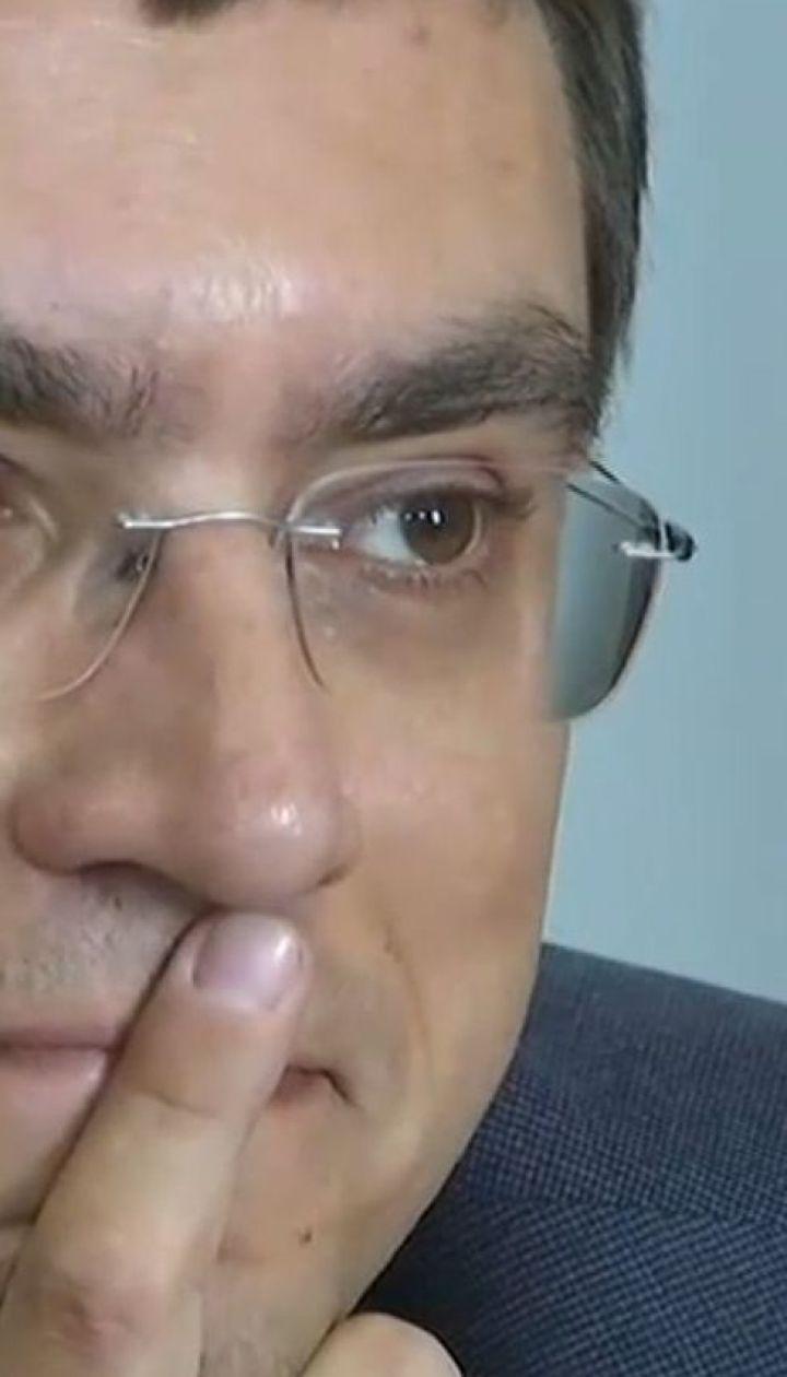 Суд отпустил министра инфраструктуры Владимира Омеляна на поруки