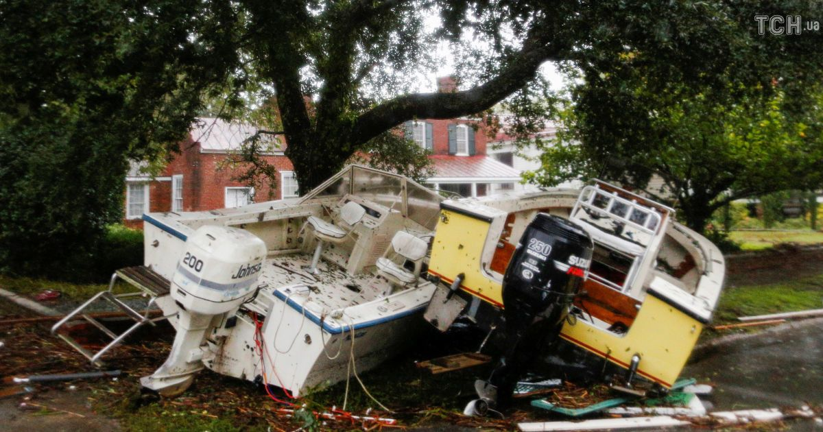 """Уничтоженые дома и улицы-реки: США атаковал ураган """"Флоренс"""""""