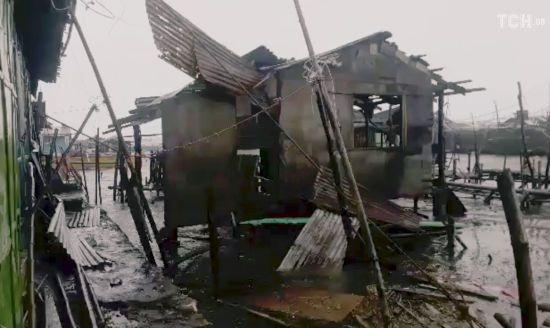 Смертельный тайфун на Филиппинах. Количество погибших увеличилось вдвое