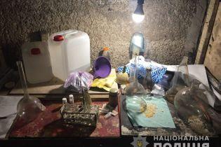 У Херсоні викрили наркоторговців, які виготовляли амфетамін