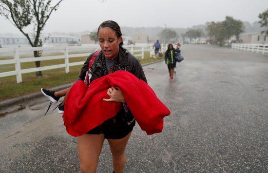 """Ураган """"Флоренс"""" у США забрав щонайменше 11 життів"""