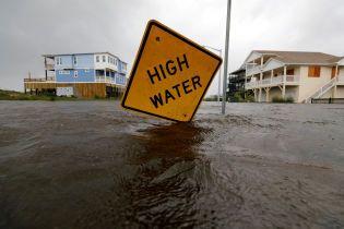 """У США зросла кількість загиблих у результаті урагану """"Флоренс"""""""