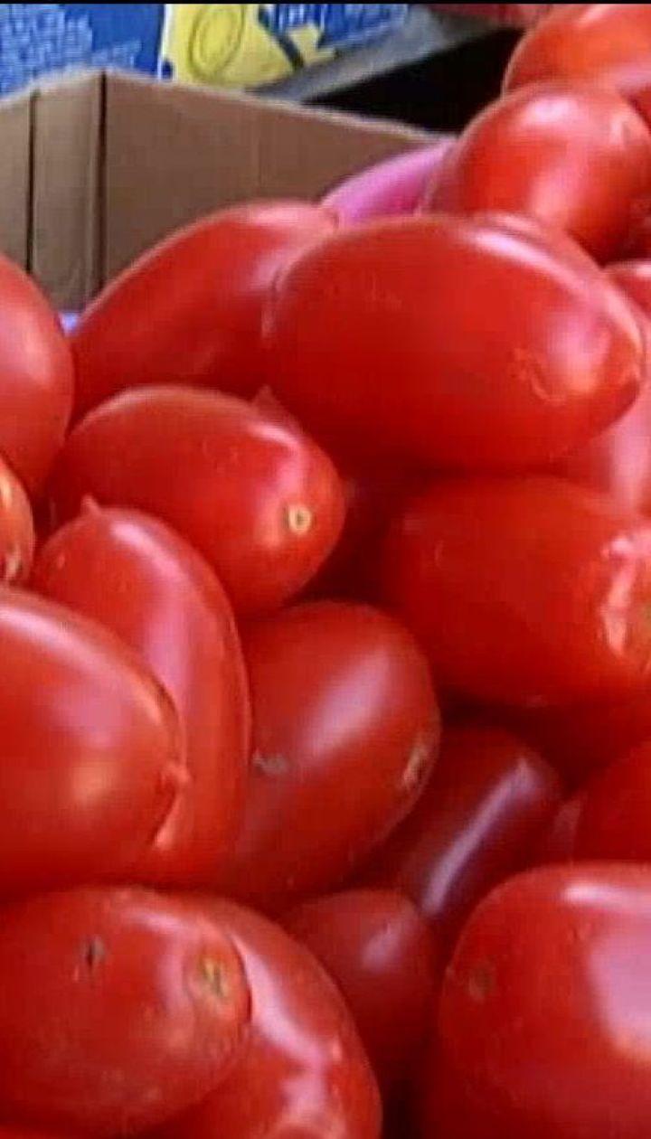 Подорожчання томатів і зміни у виробництві тютюнових виробів – економічні новини