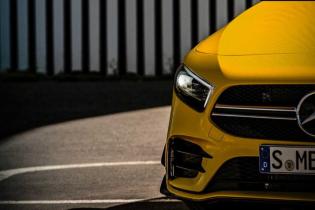 Mercedes рассекречивает внешность бюджетной AMG A35 перед показом