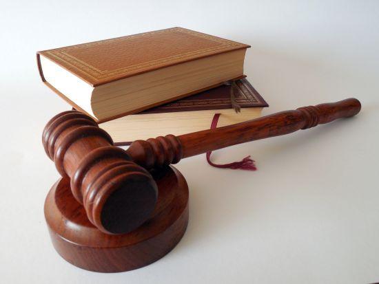 У Росії суд почне перегляд справи Дмитрієва, який знайшов масові поховання жертв репресій