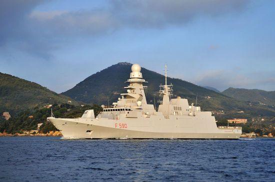 У Міноборони РФ стверджують, що французький фрегат випустив ракети в момент зникнення російського Іл-20