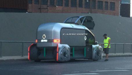 У Таллінні зняли самохідні робо-автобуси Renault
