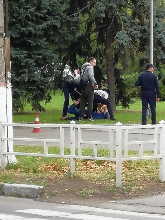 У Херсоні затримали СБівця: офіційно за хуліганство, юзери кажуть про мастурбацію на дитмайданчику