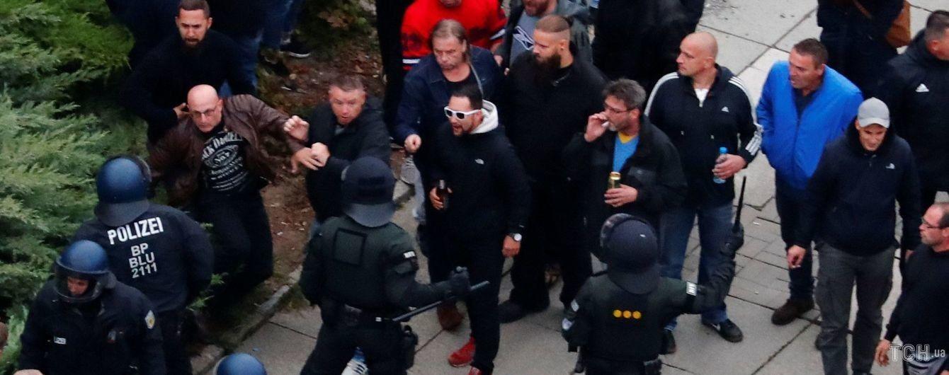 Суд отпустил подозреваемого в убийстве в немецком Хемнице, из-за которого взбунтовались праворадикалы